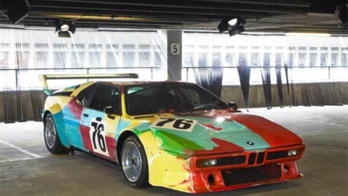 Das wohl berühmteste BMW Art Car wurde 1979 von Andy Warhol designt - BMW M1 Gruppe 4 Rennversion.