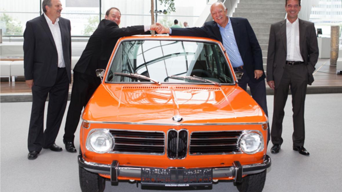 Übergabe BMW 2000 Touring in BMW Welt