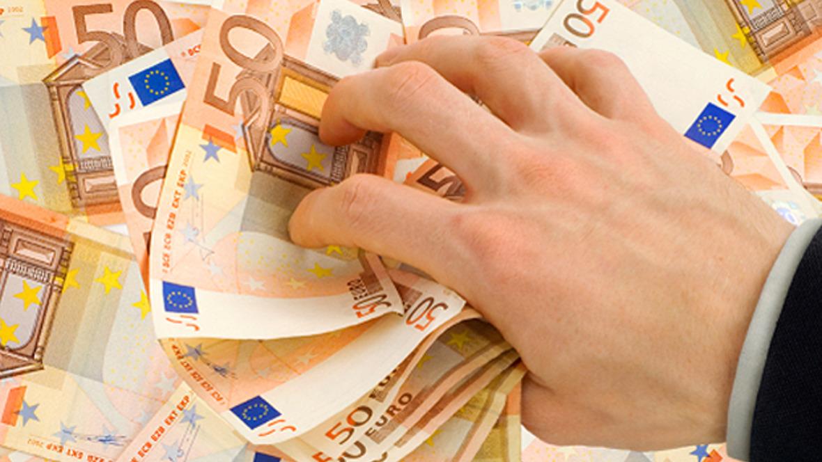 Bargeld ist ein unmittelbares und eingängiges Symbol für Reichtum und Wohlstand.