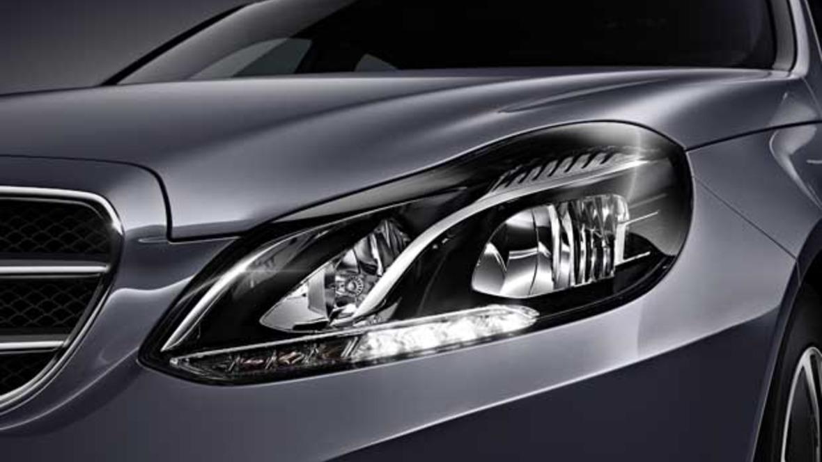 Mercedes S-Klasse serienmäßig mit LED