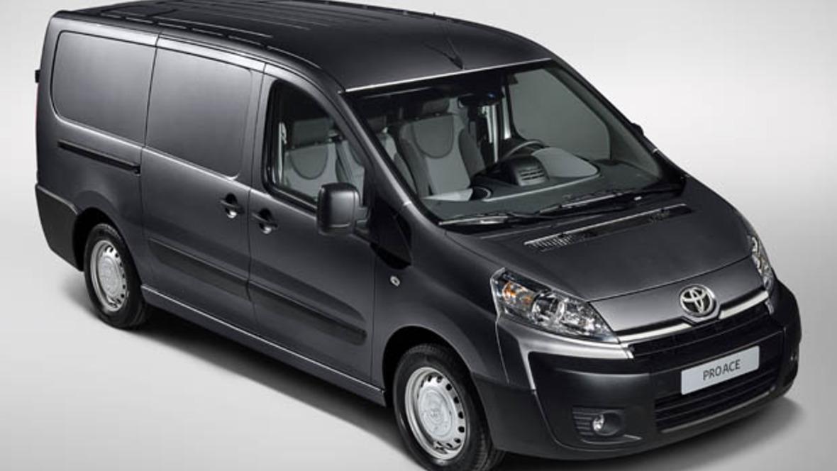 toyota bringt neuen transporter auf den markt. Black Bedroom Furniture Sets. Home Design Ideas