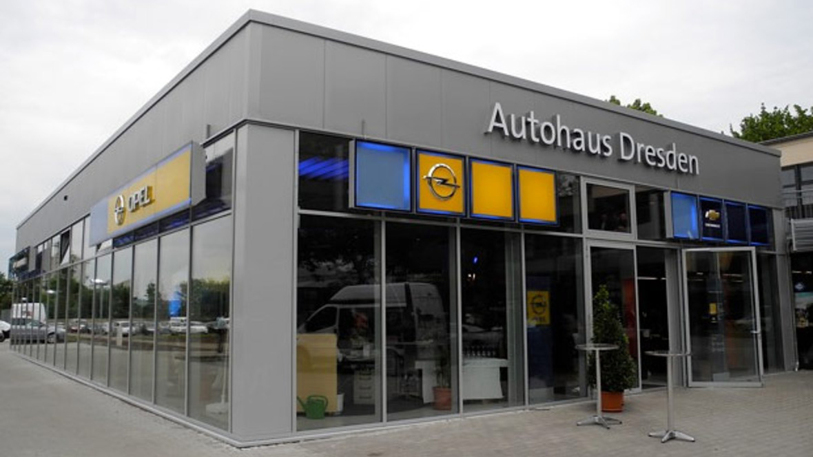 autohaus dresden bezieht neue r ume. Black Bedroom Furniture Sets. Home Design Ideas