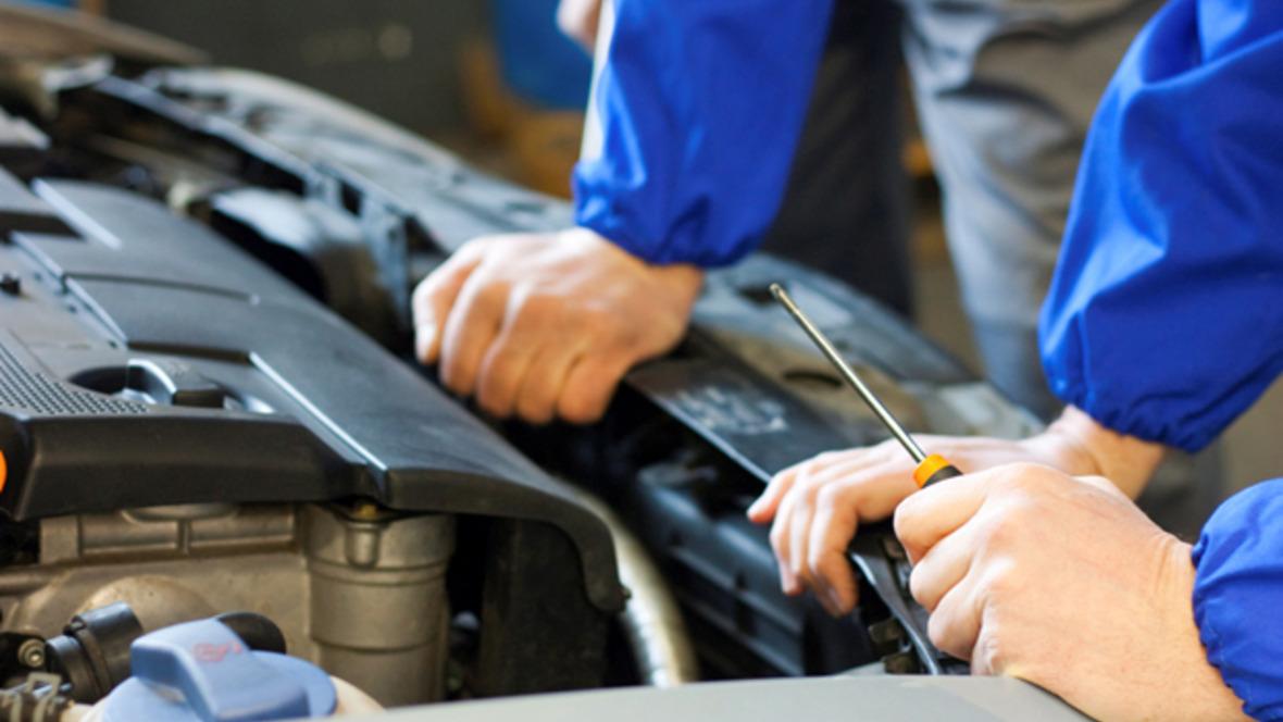 Werkstatt Reparatur Motor