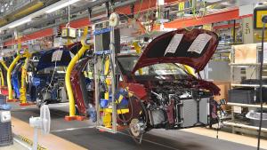 Autoindustrie; Automobilproduktion; Fabrik; Autohersteller; Band; Werk