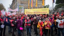 Demonstration Continental Gewerkschaft Jobabbau