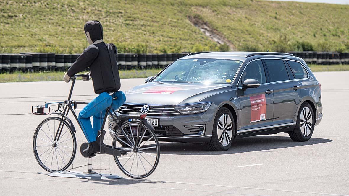 Notbremsassistent Bosch Radfahrer