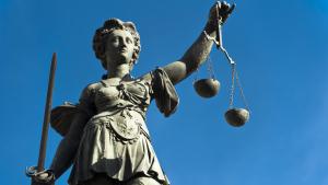 Sprit+ mit neuem Bereich Recht & Steuern