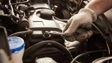 Werkstatt; Reparatur; Service; Motor; Wartung; Inspektion
