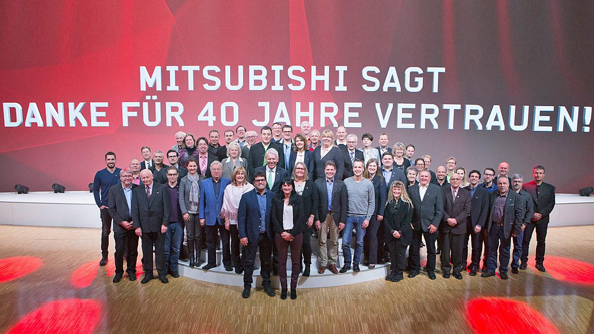 ehrung für händler der ersten stunde - autohaus.de