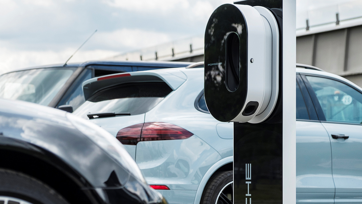 Elektroautos: Kfz-Gewerbe bietet eigenes Ladenetz an