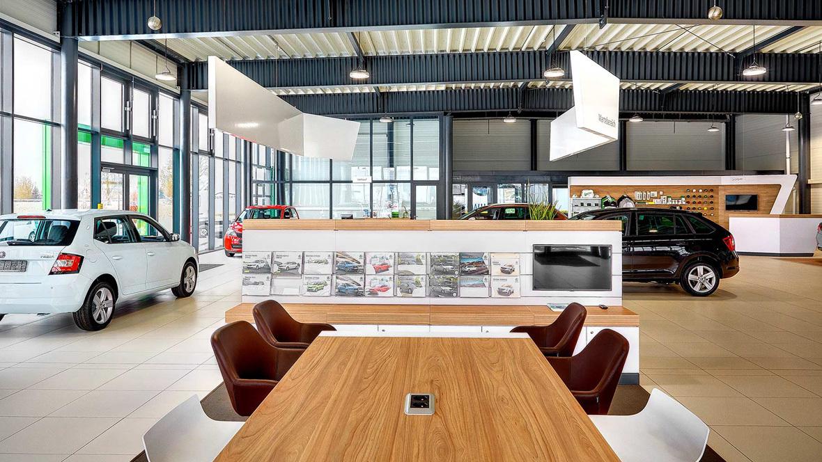 Schuster Automobile Skoda Showroom Autohaus De