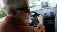 Senioren; Seniorin; Autokäufer; Käuferstruktur; Oma
