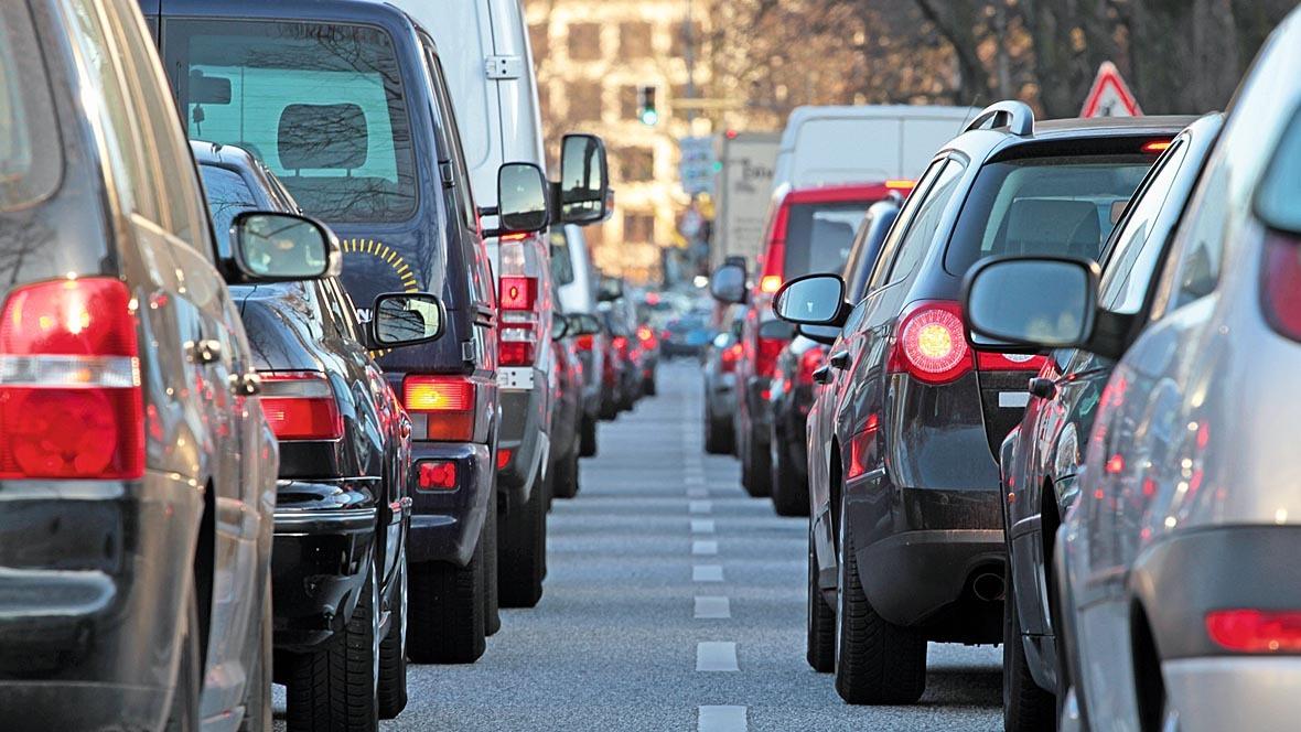 Stau Stadtverkehr Pkw