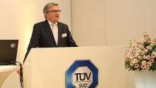 Prof. Dr.-Ing. Axel Stepken TÜV SÜD