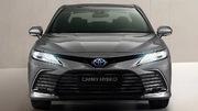 Toyota Camry Hybrid (2021)