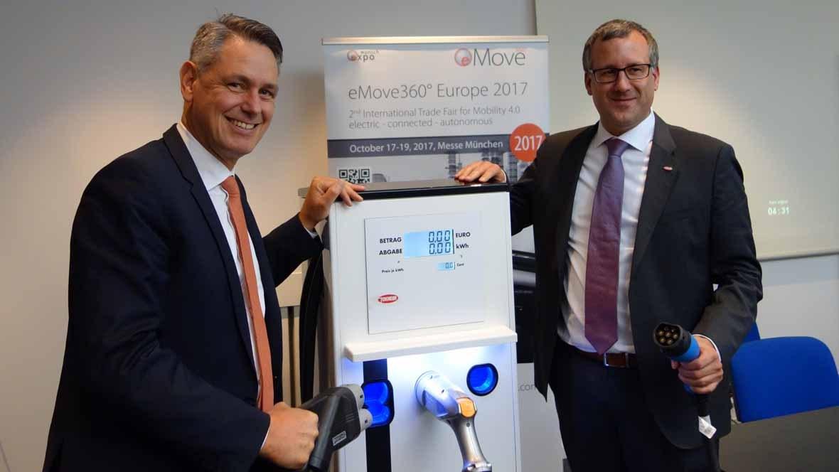 eCarTec Pressekonferenz 2017: Robert Metzger (Munich Expo), Christian Leu (Tokheim)