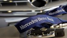 Teilsieg im Test: Die Mercedes-Bank bietet den besten Service, macht aber im Vergleich zu anderen Anbietern teurere Angebote.