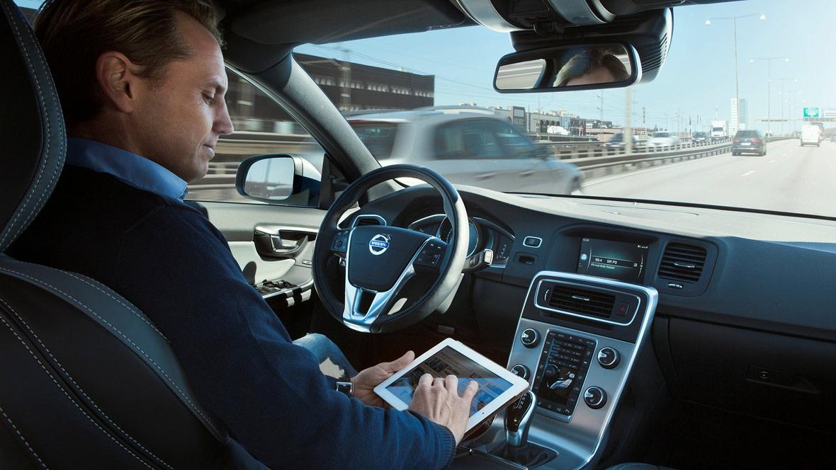 Volvo Roboterauto autonomes Fahren Autopilot